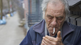 old-man-smoking
